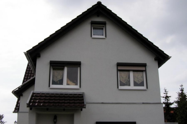Dachdeckung mit Anbau Vordach, Holzbau-Steinbach GmbH