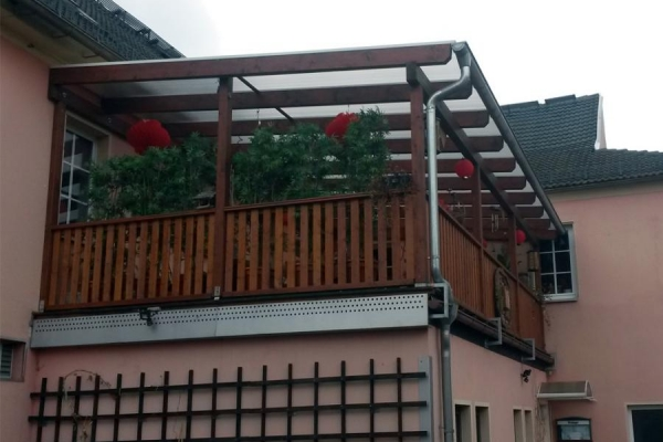 balkon-chin6_holzbau-steinb