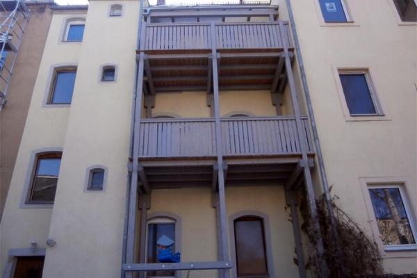 balkone-mietshaus1_1